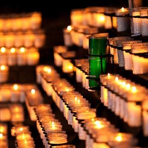 Alumni Candle 3_r.jpg