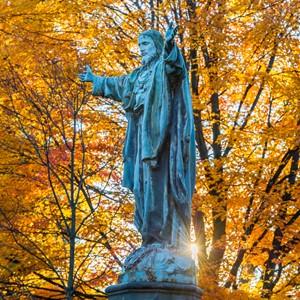 11.7.13 Jesus Statue 1442 fall.JPG