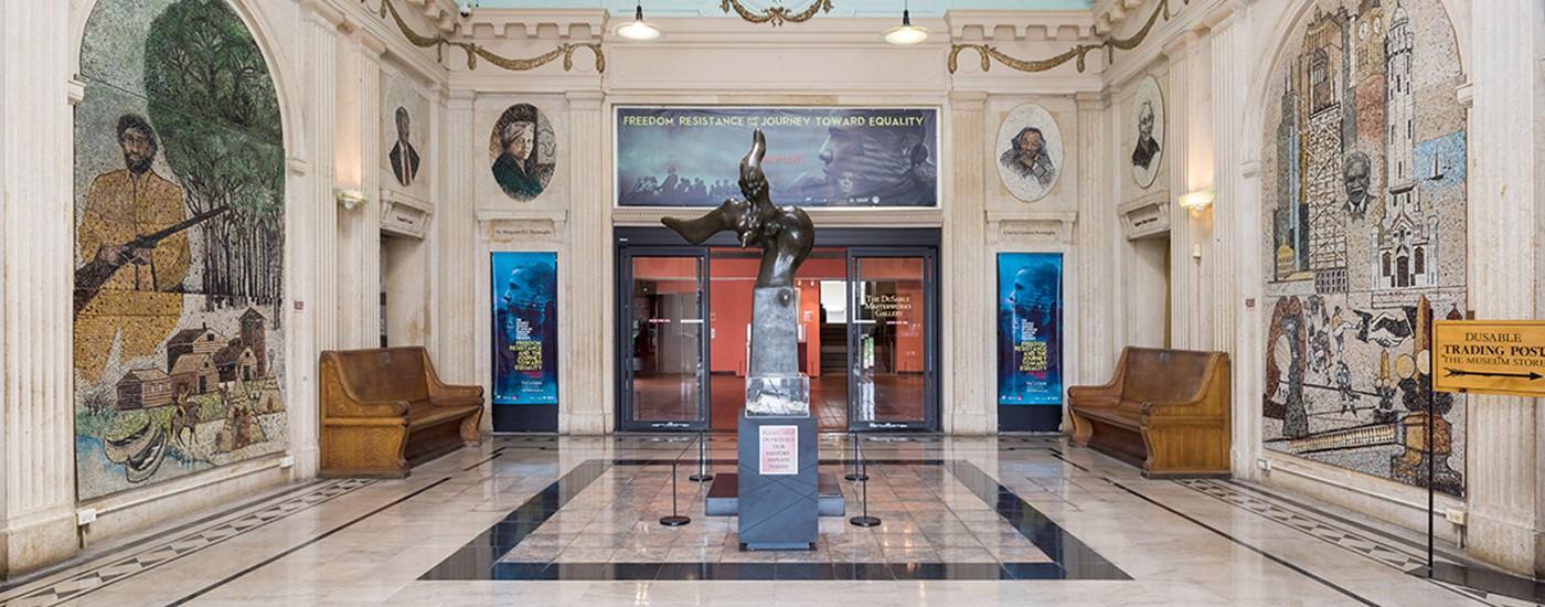 LR 8.25.16 DuSable Museum 17.jpg
