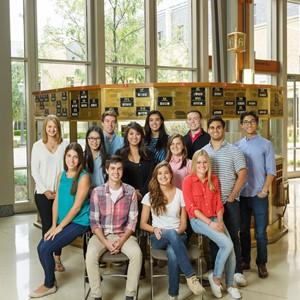 9.11.15-Mendoza-Student-Leadership-Group-01Cropped.jpg