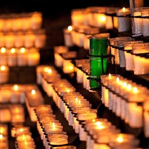 LR Alumni Candle 3_r.jpg